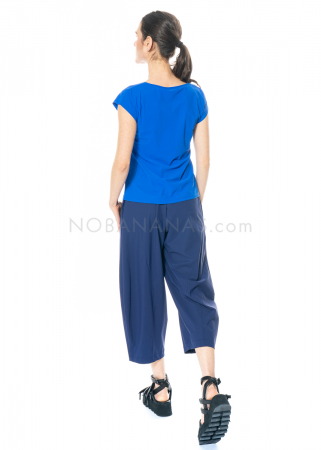 yukai, cropped pants made from technostretch