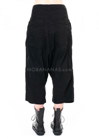RUNDHOLZ DIP, verkürzte Hose mit applizierten Taschen 2202190101