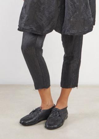 RUNDHOLZ, schmale Hose aus Leinen-Seide-Mix mit Briefmarken-Print 1201230102