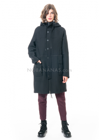 HIGH, coat Approach in duffle-coat style