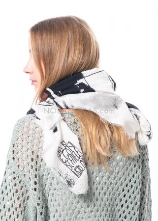 annette görtz, Seide-Woll-Schal Egon mit Druck inspiriert von Egon Schiele