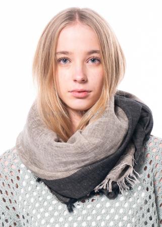 annette görtz, Schal Flash mit Streifendesign inspiriert von Egon Schiele
