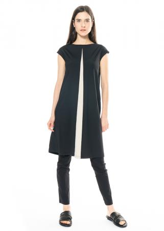 HINDAHL & SKUDELNY, Kleid im Godet Stil mit überschnittenen Ärmeln 121K10