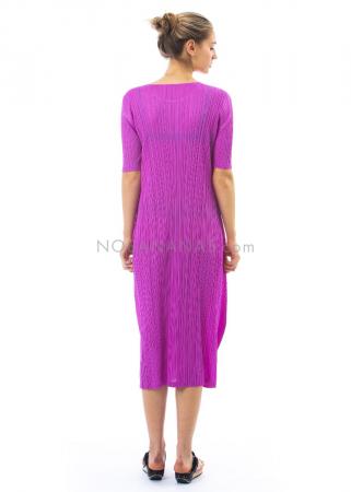 PLEATS PLEASE ISSEY MIYAKE, langes Kleid mit 1/2-Ärmeln in Fuchsia