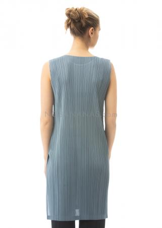 PLEATS PLEASE ISSEY MIYAKE, ärmelloses Kleid mit Schlitzen in Taubenblau