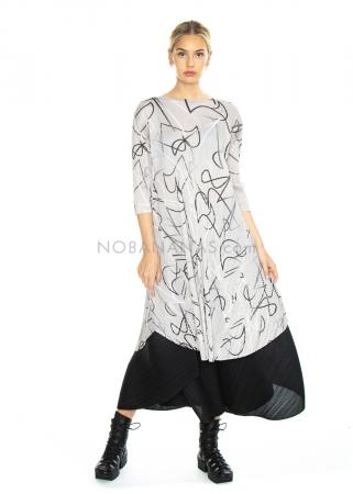 PLEATS PLEASE ISSEY MIYAKE, langes Kleid mit 1/2-Ärmeln mit Print in Grau