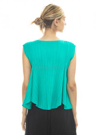 PLEATS PLEASE ISSEY MIYAKE, flared shirt in emerald
