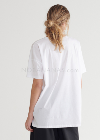 SYMETRIA, T-Shirt mit Applikation aus Seide